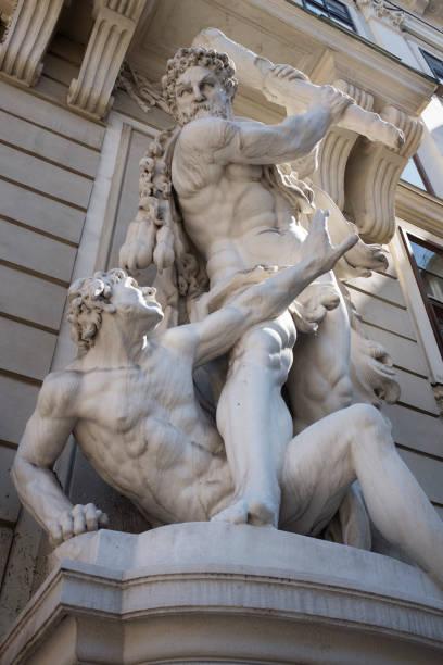 hercules fighting antaeus - wien foto e immagini stock