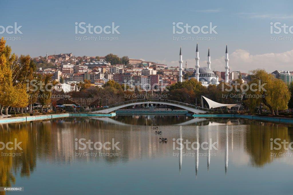 Hergelen quadratischen Moschee und (Jugend-) Genclik park – Foto