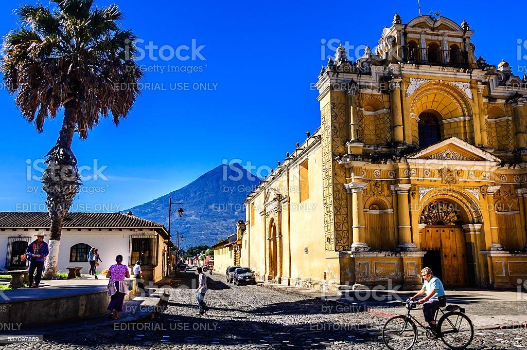 Hermano Pedro church & Agua volcano, Antigua, Guatemala stock photo