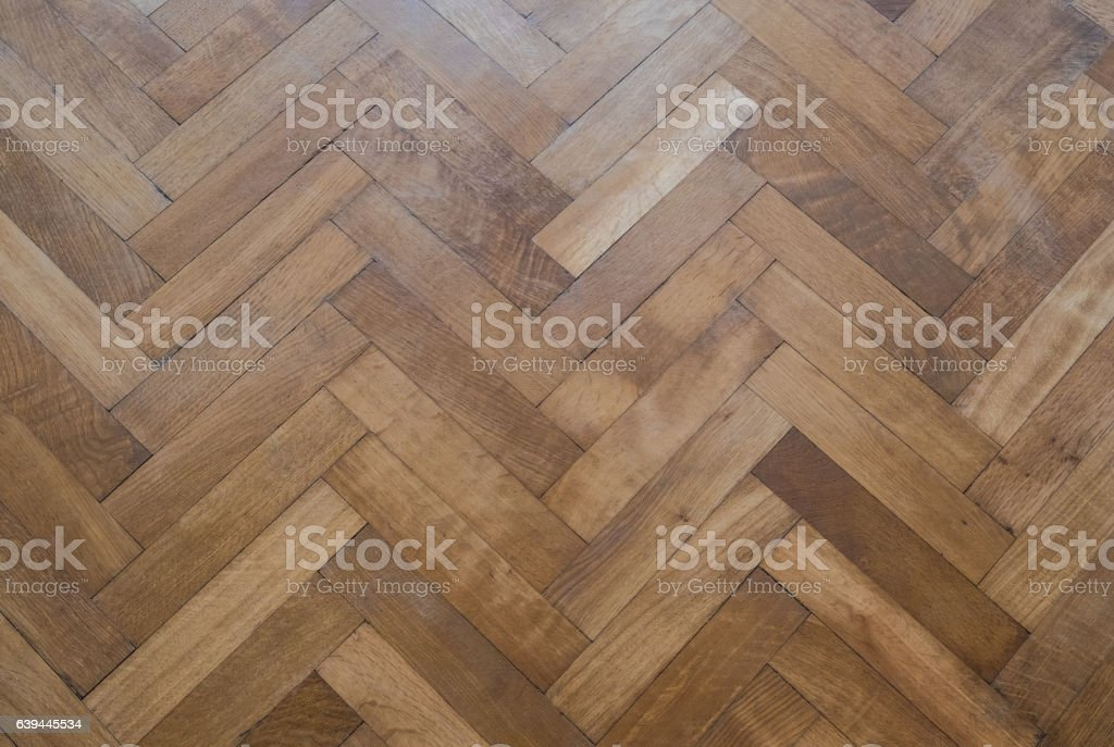 herringbone parquet floor - old wooden floor – Foto