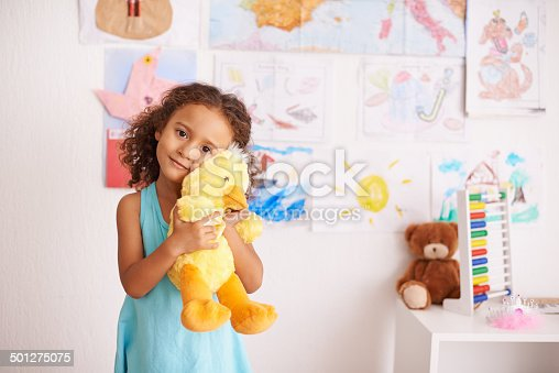 Portrait of a cute little girl cuddling her toy duckhttp://195.154.178.81/DATA/i_collage/pi/shoots/783539.jpg
