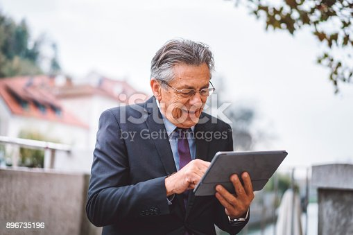 istock Hey, our finances are back on track! 896735196