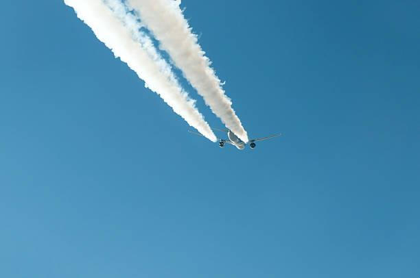 hi fliegt jet - b767 stock-fotos und bilder