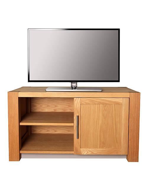 HD-Fernseher auf tv-Ständer. – Foto