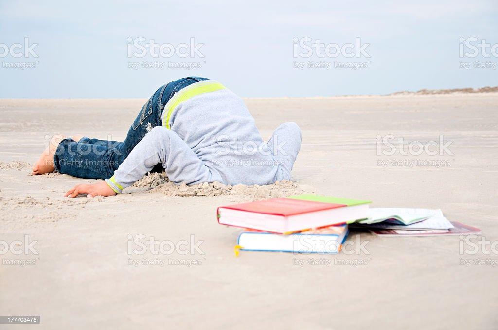 Verstecken Kopf In den Sand – Foto