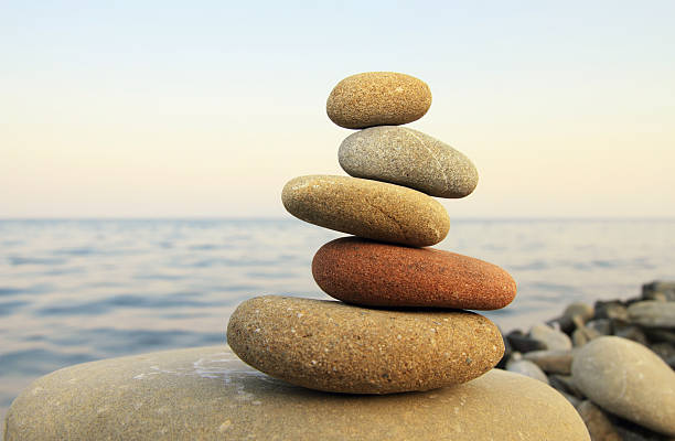 hierarchy and balance - stack rock stock pictures, royalty-free photos & images