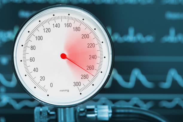 högt blodtryck diagnostik medicinska begrepp - barometer bildbanksfoton och bilder