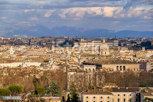 istock A High Definition panorama of the baroque center of Rome and the Apennines mountains 1299240262