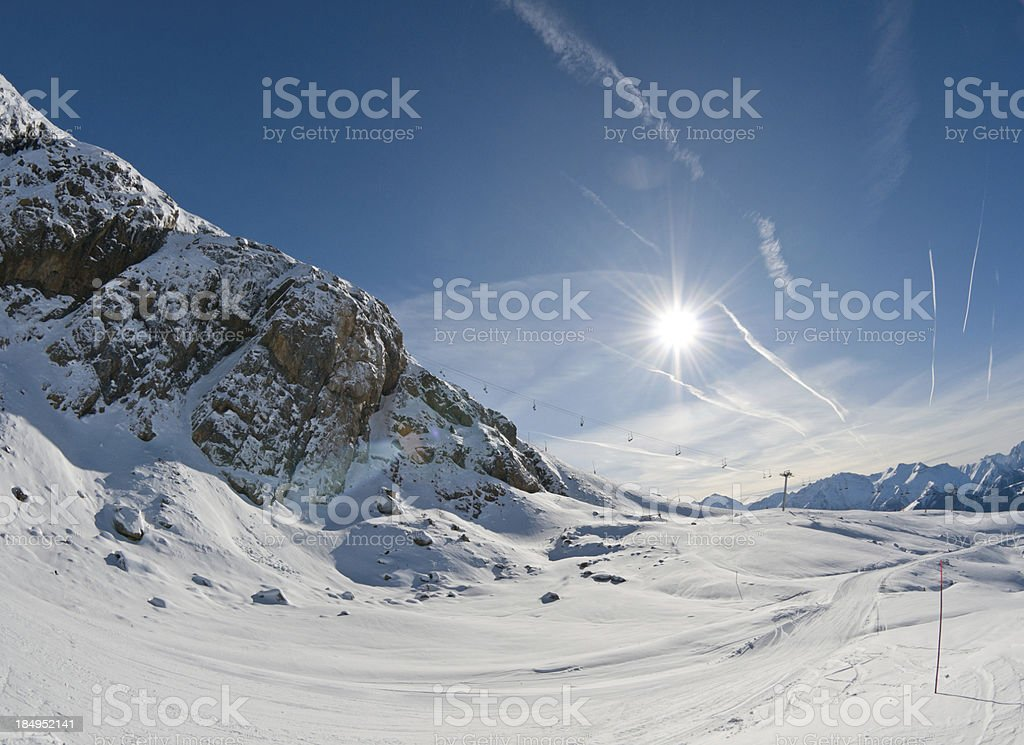 High Mountain Landscape in Sunny Day foto