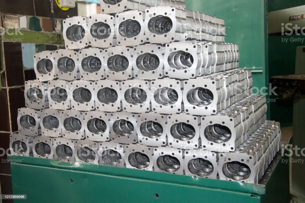 high precision aluminium part manufacturing by casting and machining stock photo