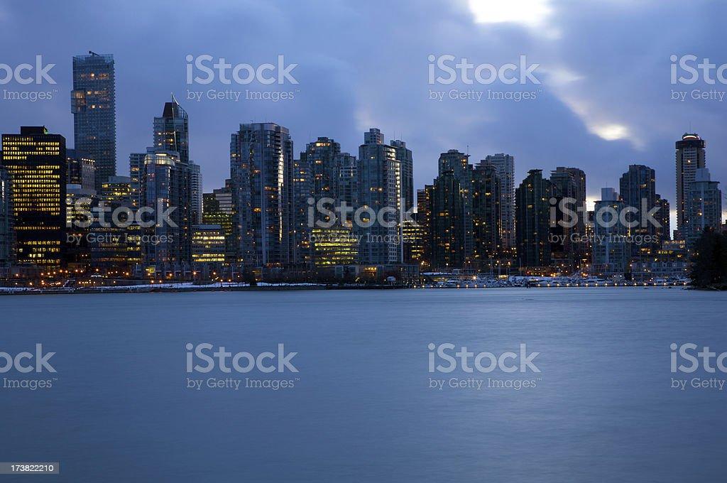 Hochhaus mit Eigentumswohnungen in Vancouver – Foto