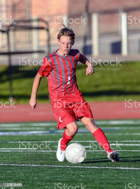 High school boy athlete making amazing plays during a soccer game picture id1132826493?b=1&k=6&m=1132826493&s=612x612&h=ws5lbupeaxbdxfq3teyjyti25n83mhcyjdib4po3sxc=