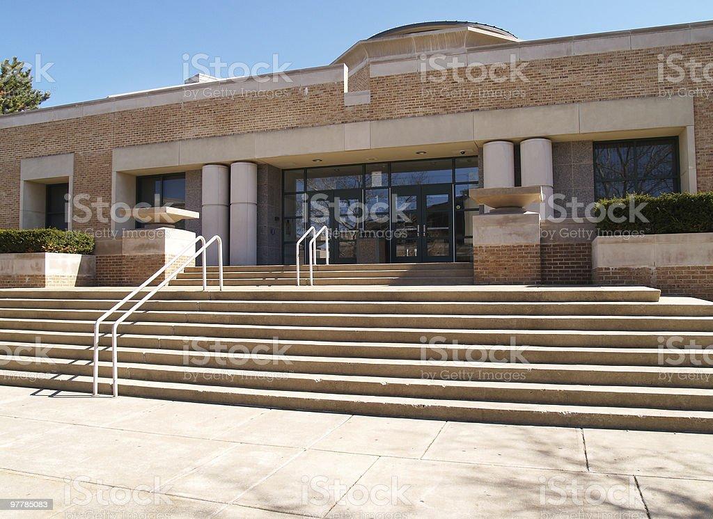 high school-Eingang und viele Schritte – Foto
