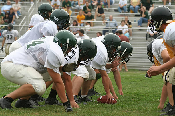 High School Football High school football game line of scrimmage stock pictures, royalty-free photos & images