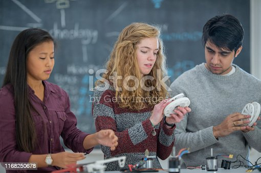 istock High school students 1168250678