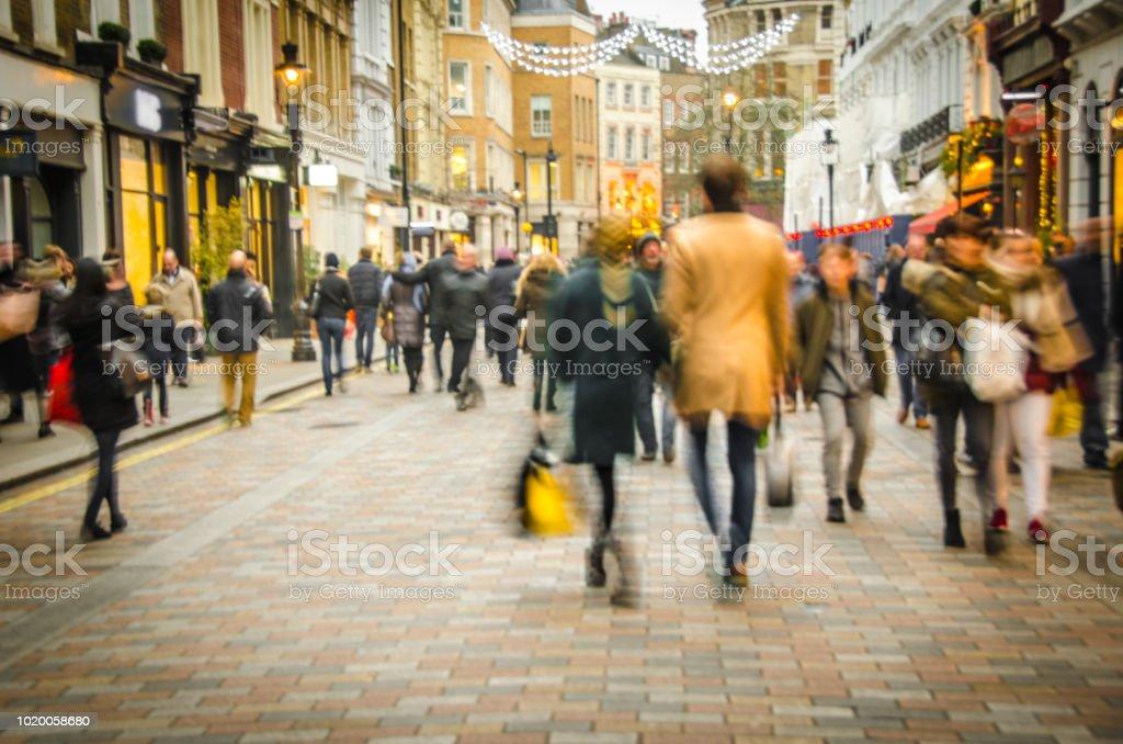 High Street, winkelstraat - Royalty-free Alleen volwassenen Stockfoto