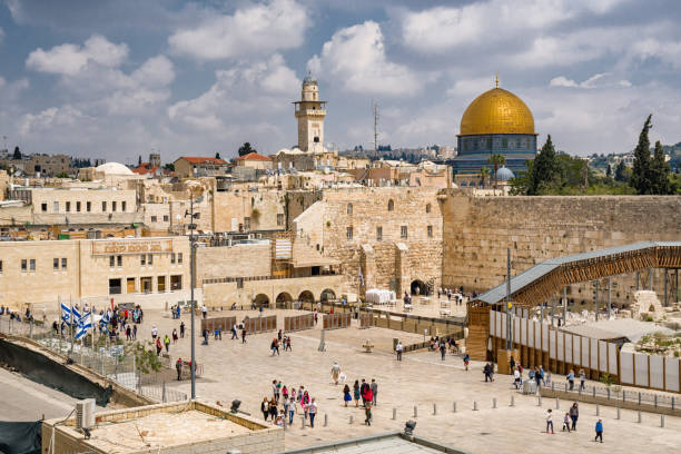 High view of old Jerusalem with Western Wall High view of old Jerusalem with Western Wall and Al Aqsa Mosque jerusalem old city stock pictures, royalty-free photos & images