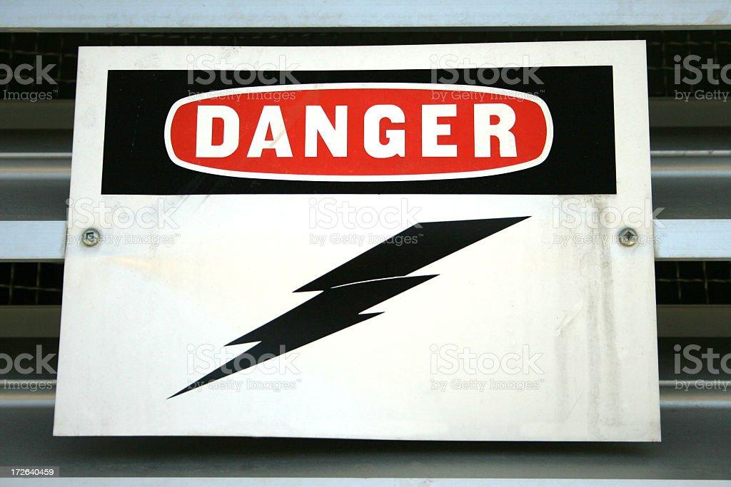 Alta Voltagem sinal de perigo - foto de acervo