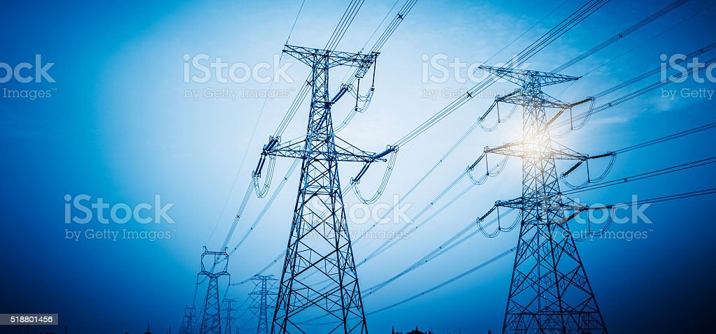 High voltage towers – Foto