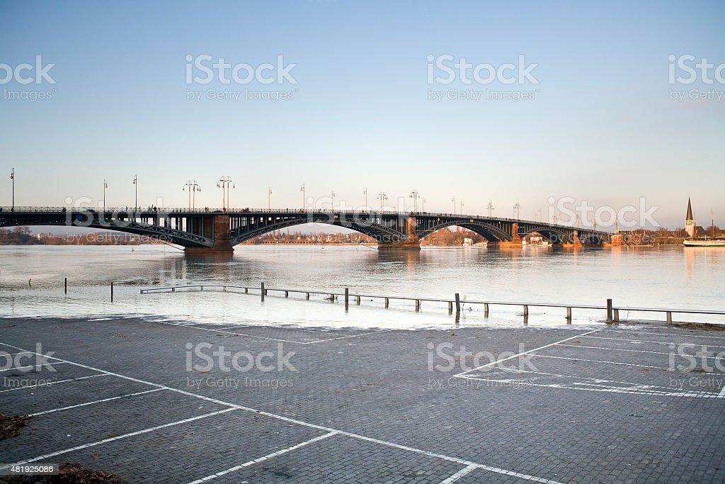 High water at River Rhine, Theodor-Heuss-bridge, Mainz stock photo