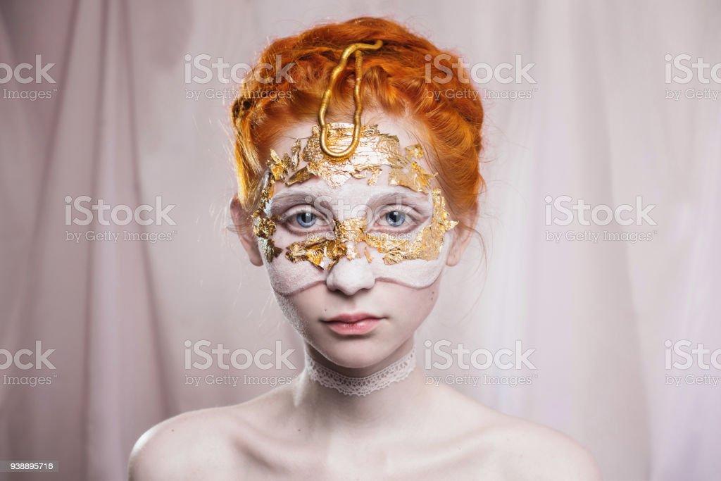Coiffure De Mariage Haut Dans Le Style Grec Portrait De Style Vogue