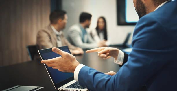 hightech meeting. - verduisterd gezicht stockfoto's en -beelden