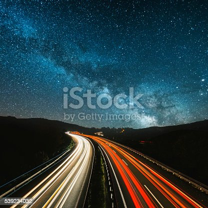 istock Highway at night 539234032