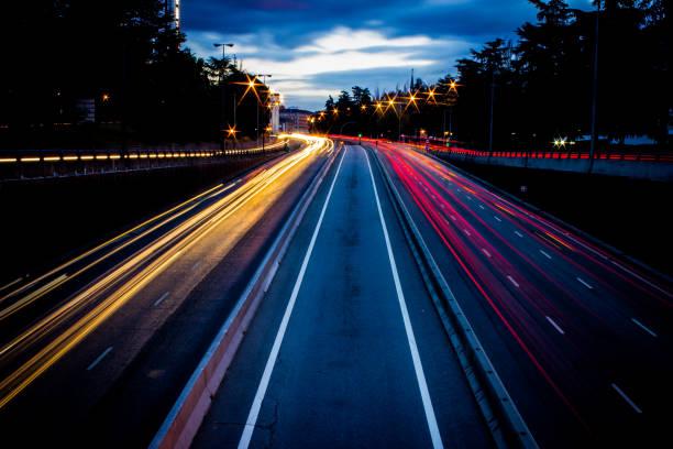 Autobahn Auto Lichter Langzeitbelichtung – Foto