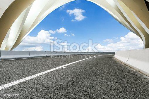 637668332 istock photo highway in front of modern bridge construction 637632222