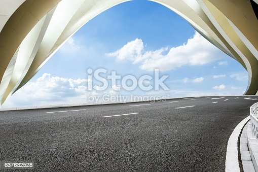 637668332 istock photo highway in front of modern bridge construction 637632528