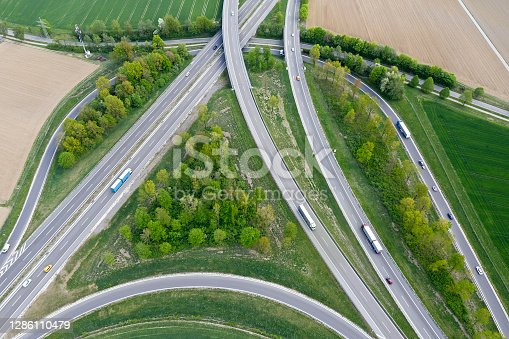 istock Highway intersection with traffic 1286110479