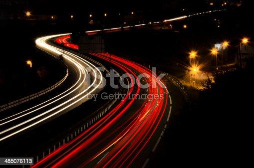 539234032 istock photo Highway lights 485076113