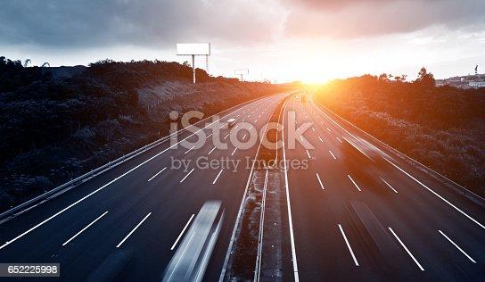 istock highway 652225998