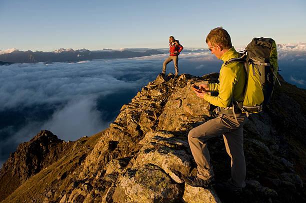 Wanderer mit GPS – Foto