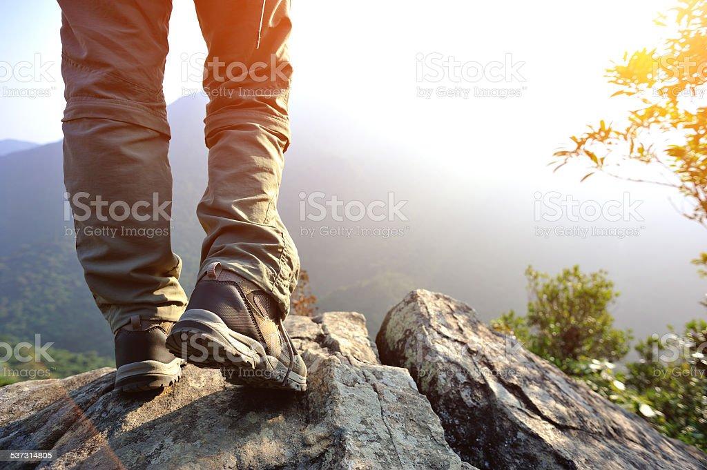Wandern Füße Berggipfel rock – Foto