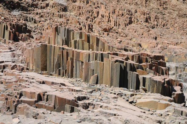 Wandern in einem Canyon trockenen Flussbett – Foto