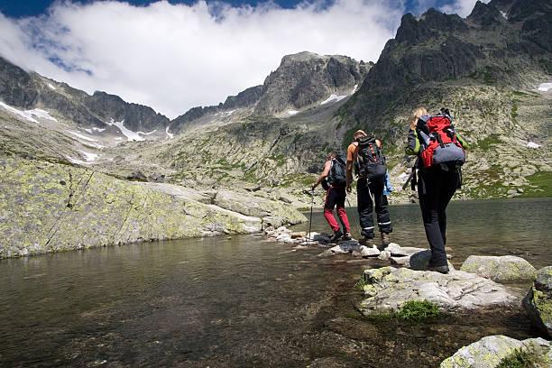 하이킹 높은 산맥 - 슬로바키아 뉴스 사진 이미지