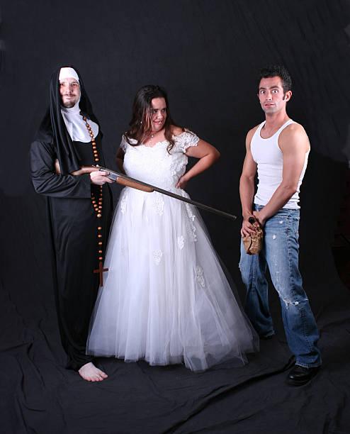 hinterwäldler hochzeit - shotgun wedding stock-fotos und bilder