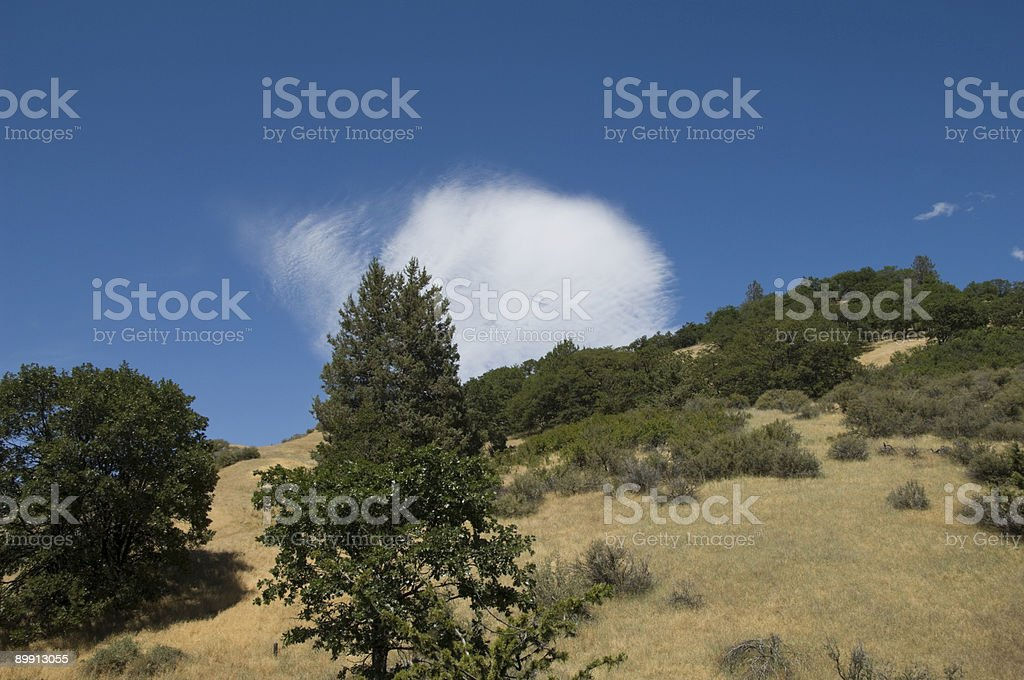 Hillside con Cloud foto stock royalty-free