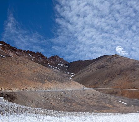 라 다크 카슈미르 북쪽 인도에서 히말라야 산길 경관에 대한 스톡 사진 및 기타 이미지