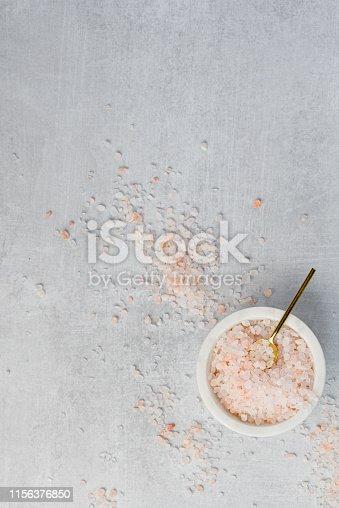 Himalayan pink salt on marble bowl