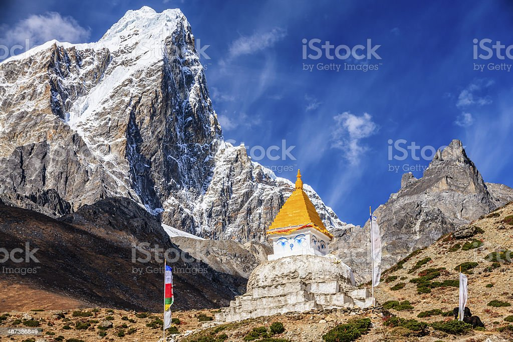 Himalaya's landscape - lonely stupa on the trail to Everest royalty-free stock photo