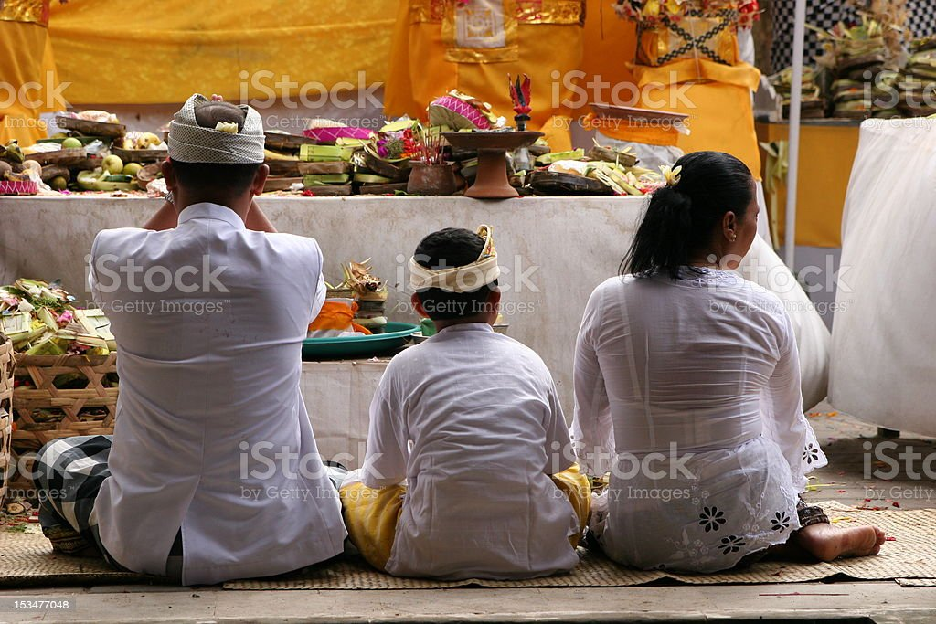Hindu family praying royalty-free stock photo