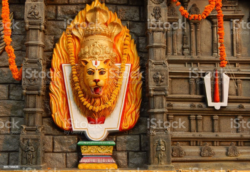 Hindu God Narasimha avatar of Vishnu idol during karthika deepam ustav lighting 1 crore lights, Hyderabad,India royalty free stockfoto