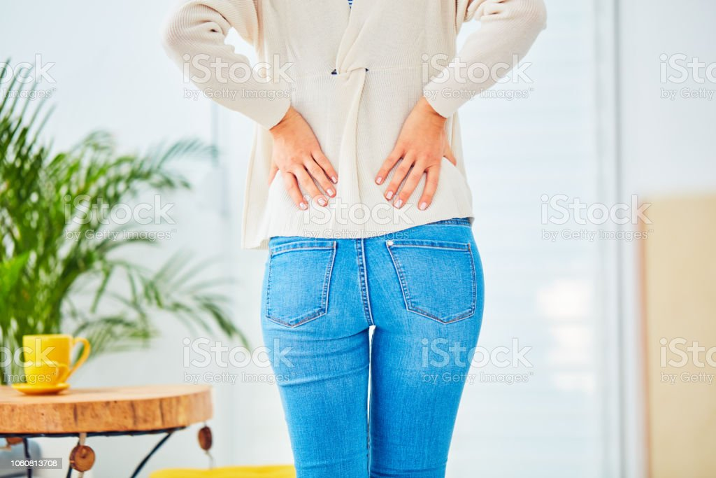 Hüfte, Rücken und Wirbelsäule Probleme in jungem Alter. - Lizenzfrei Anatomie Stock-Foto