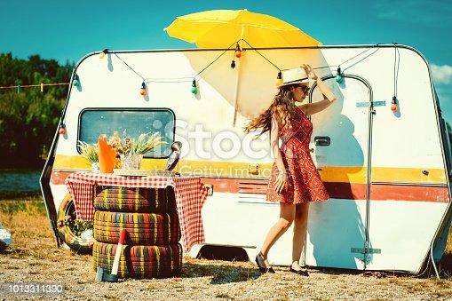 hippie,summer,gipsy,trailer,camper,retro,red