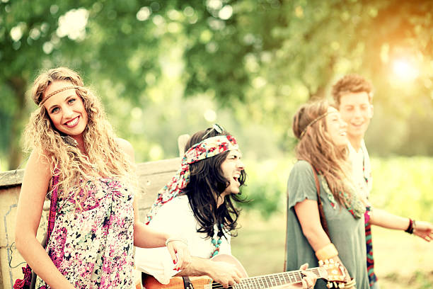 hippies - hippie kleider stock-fotos und bilder