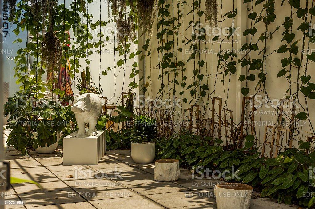Hipopótamo Estatua Esquina Terraza En Wynwood Distrito De