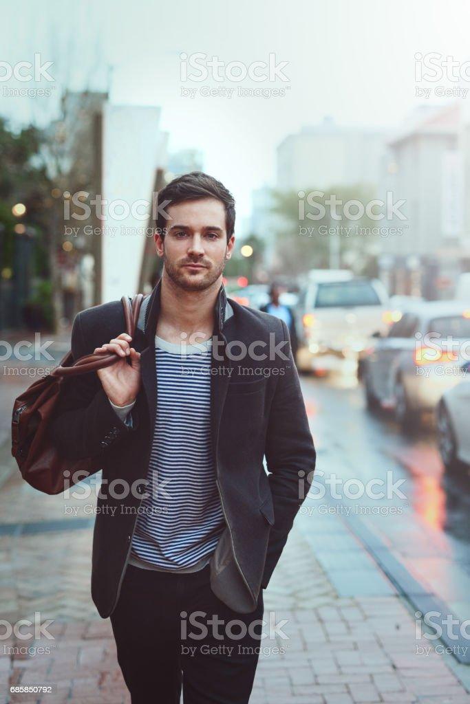 Hipster a cidade - foto de acervo