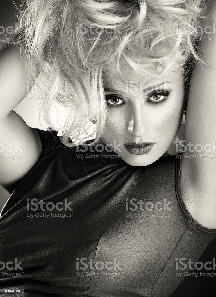 Hipster blondie. – Foto